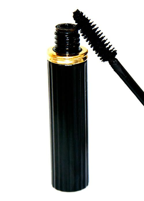 VIP Cosmetics - Black Mascara